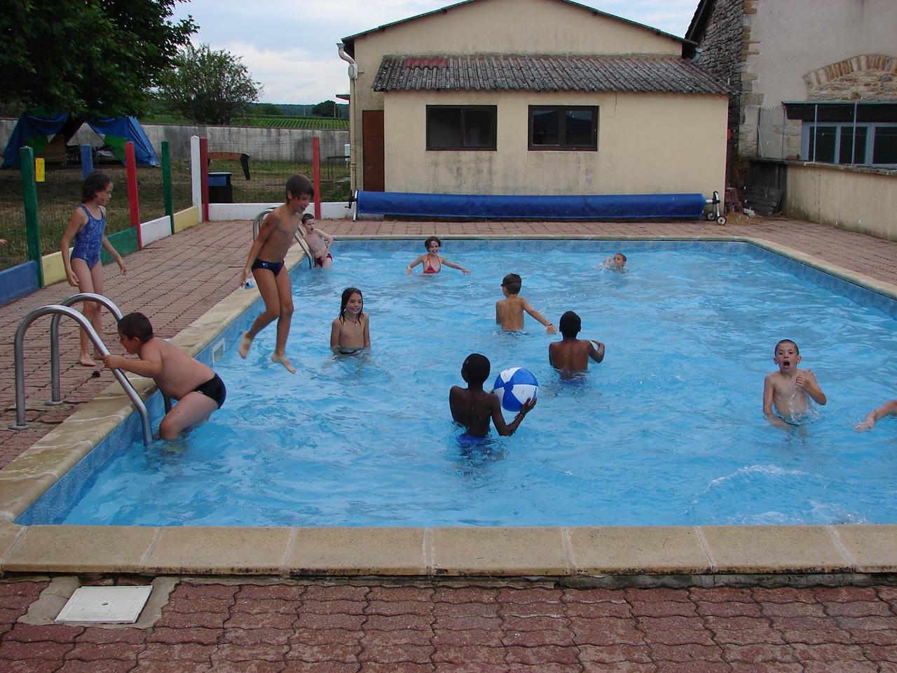 Activites a la piscine for Piscine autour de moi